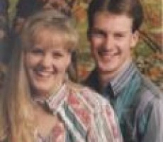 """""""How We Met"""" Story #2 — Robert & Hannah"""